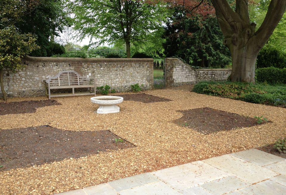 Garden landscaping norwich mn landscapes for Garden decking norwich