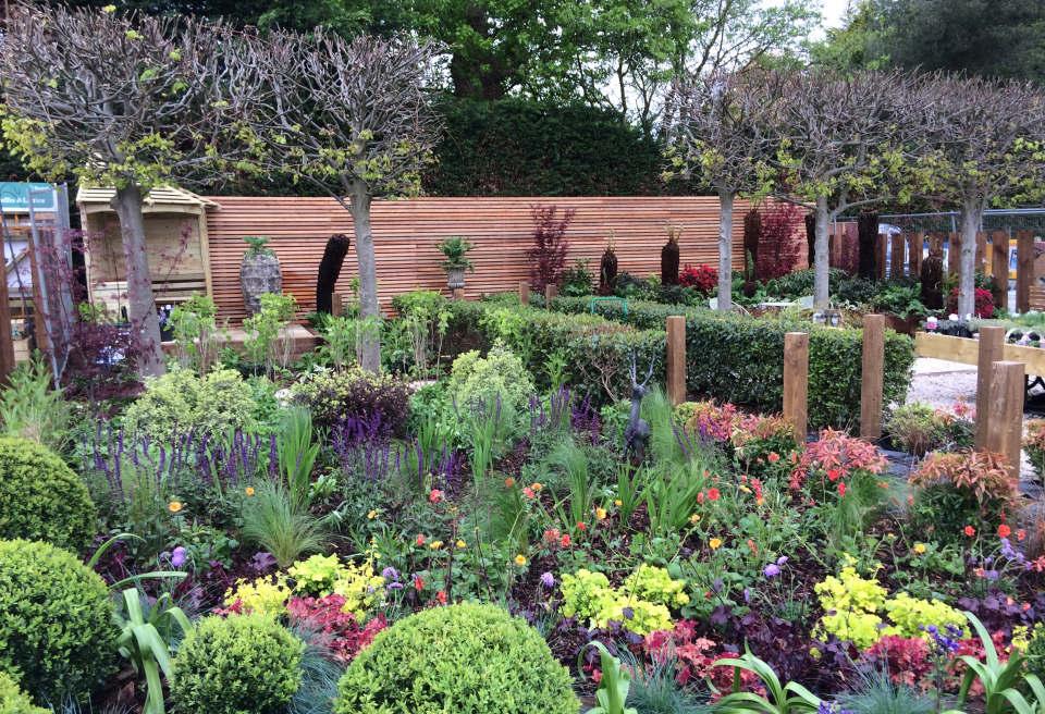 Notcutts Show Garden Design, Norwich, Norfolk | MN ...