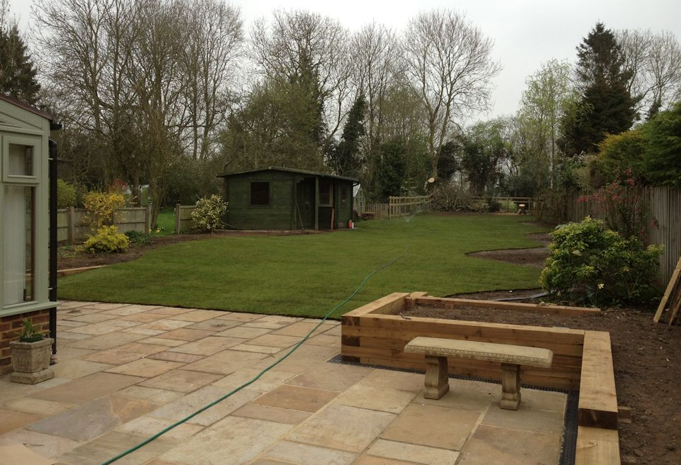 garden design great ellingham norfolk - Brown Garden Design